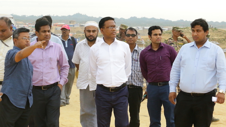 Photo: Cox's Bazar deputy commissioner Md Kamal Hossain visiting Rohingya camp Kutupalong. Credit: Md Mojibur Rahman Rana.