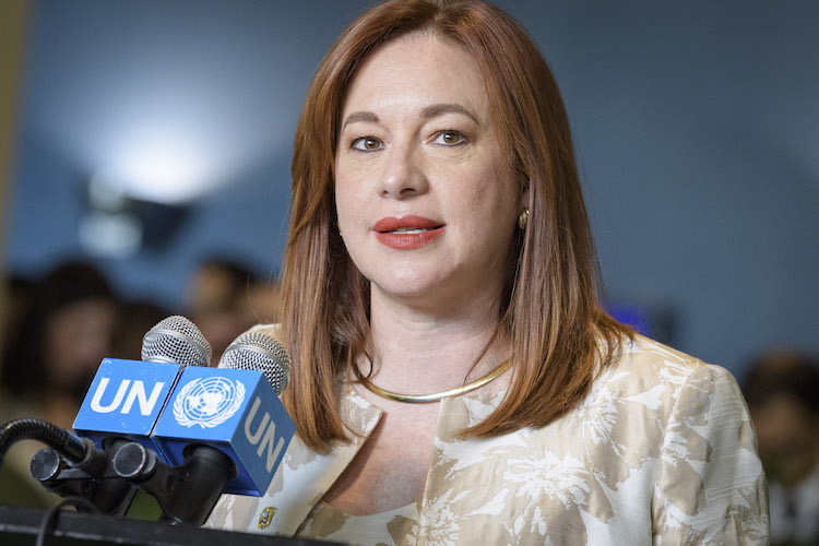 Photo: María Fernanda Espinosa Garcés, Minister for Foreign Affairs of Ecuador and President-elect of the General Assembly's 73rd session, speaks to journalists following her election by the Assembly. 5 June 2018. United Nations, New York. UN Photo/Manuel Elias.